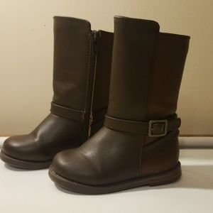 Brown fall winter boots